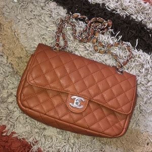 Handbags - Classic Chanel Quilted Shoulder Bag